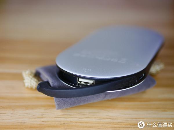不用充电线就能喂饱手机——MIPOW 麦泡 POWER CUBE X2无线移动电源