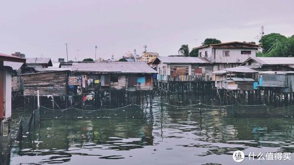 主码头边上的渔民区