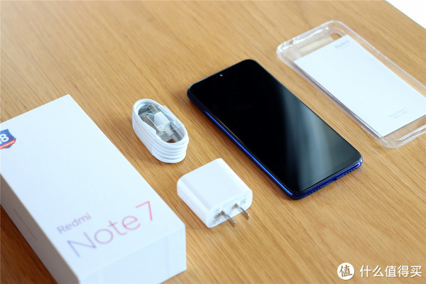 Redmi Note7上手:配置均衡耳机红外全都有,重新定义千元旗舰