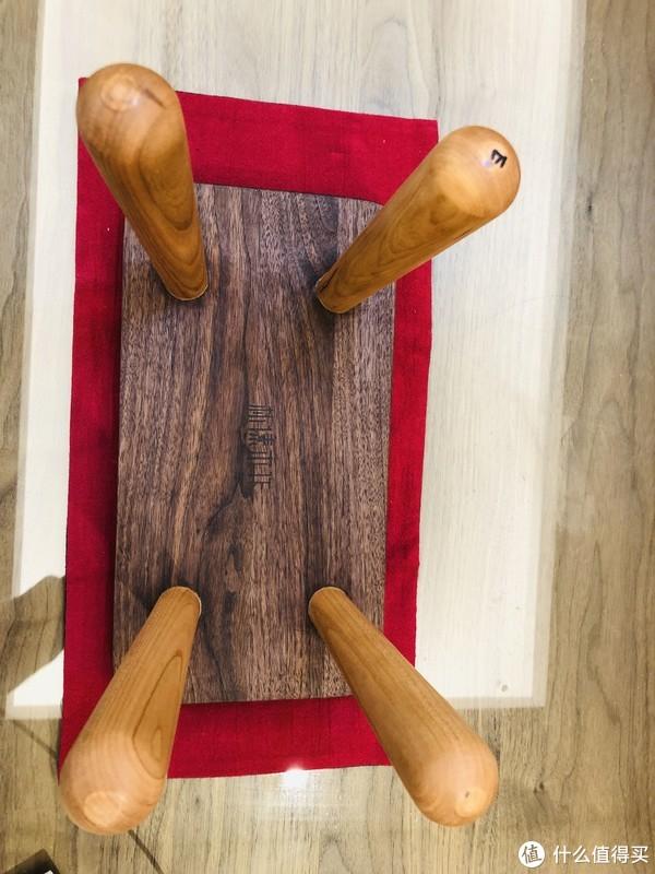 偏执的执念—黑胡桃木小板凳晒物