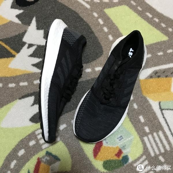 价格低支撑弱!只能随便穿穿的Adidas PureBOOST GO