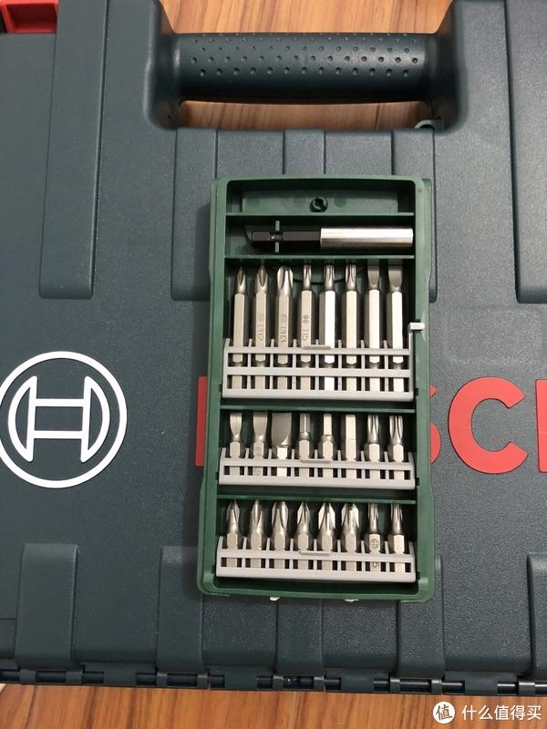 中亚博世无线手电钻GSR120Li单电版套装开箱