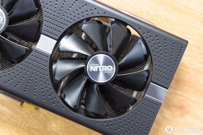 60帧观影追番,AMD这波真香:蓝宝石RX580+创新AE5+酷冷水电装机作业