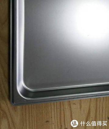 经过长期盐雾试验的不锈钢烤盘