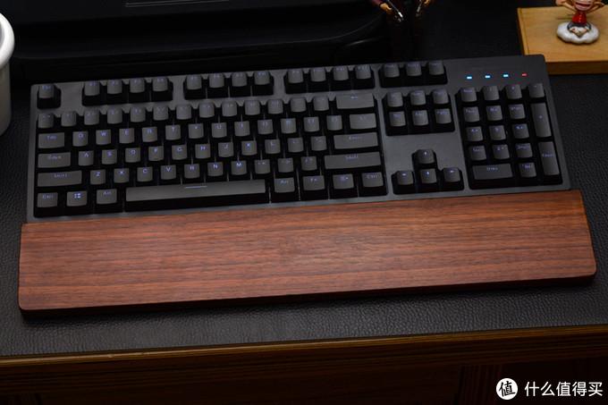 颜值一般但蓝牙挺好用,雷柏V708多模机械键盘体验