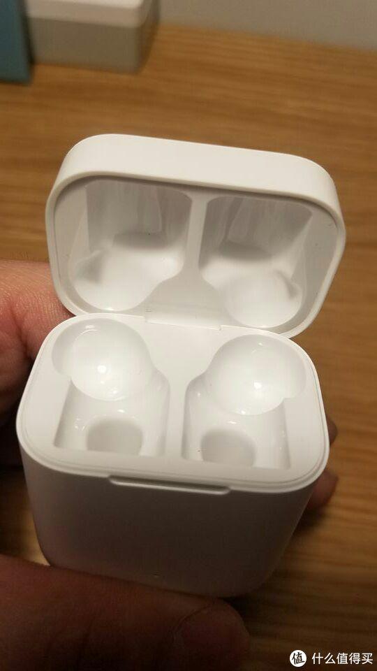 ▲盒子内部为光面。