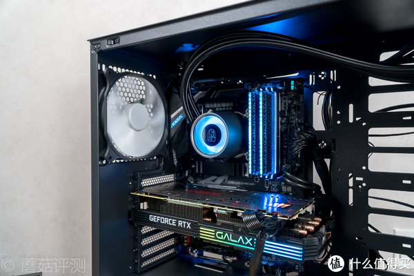 简约不简单,安静更冷静!安钛克(Antec)P101静音中塔水冷电脑机箱