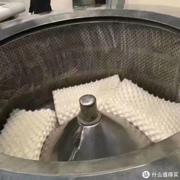 为什么泰国乳胶枕那么贵呢?