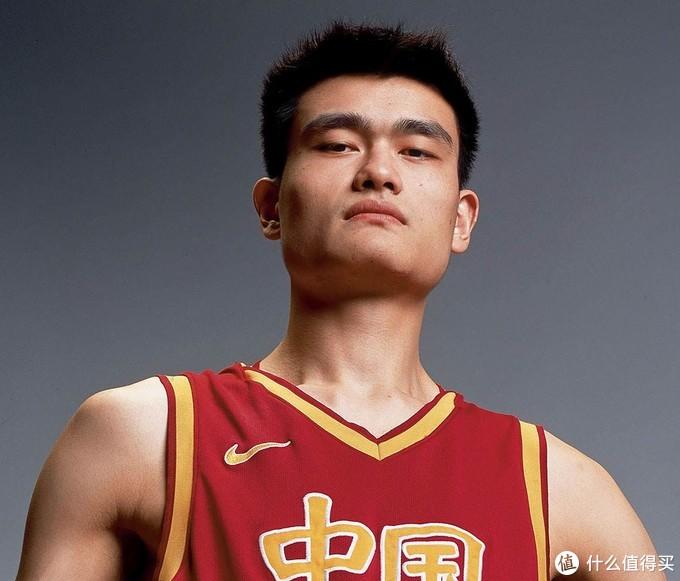 亚洲篮球第一人