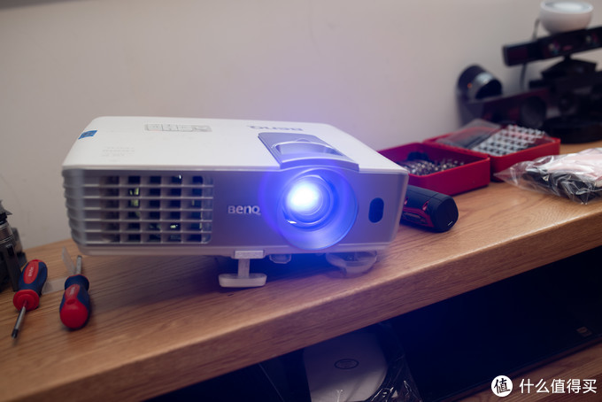 投影仪后期成本高?使用累计6000+小时后换个百来块的灯而已:明基W1070+换灯泡作业