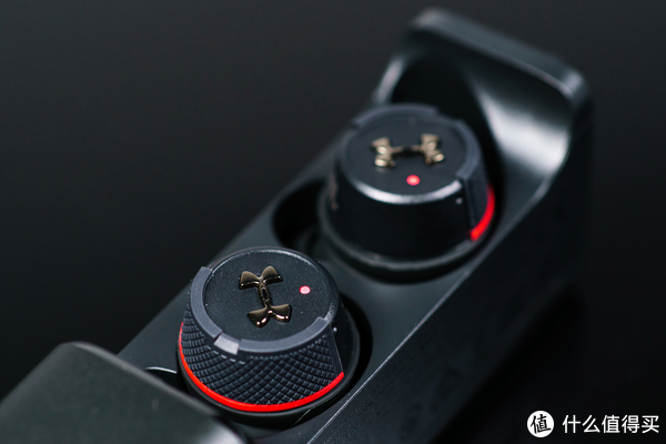 专业造就极致体验:JBL UA Flash 真无线运动耳机