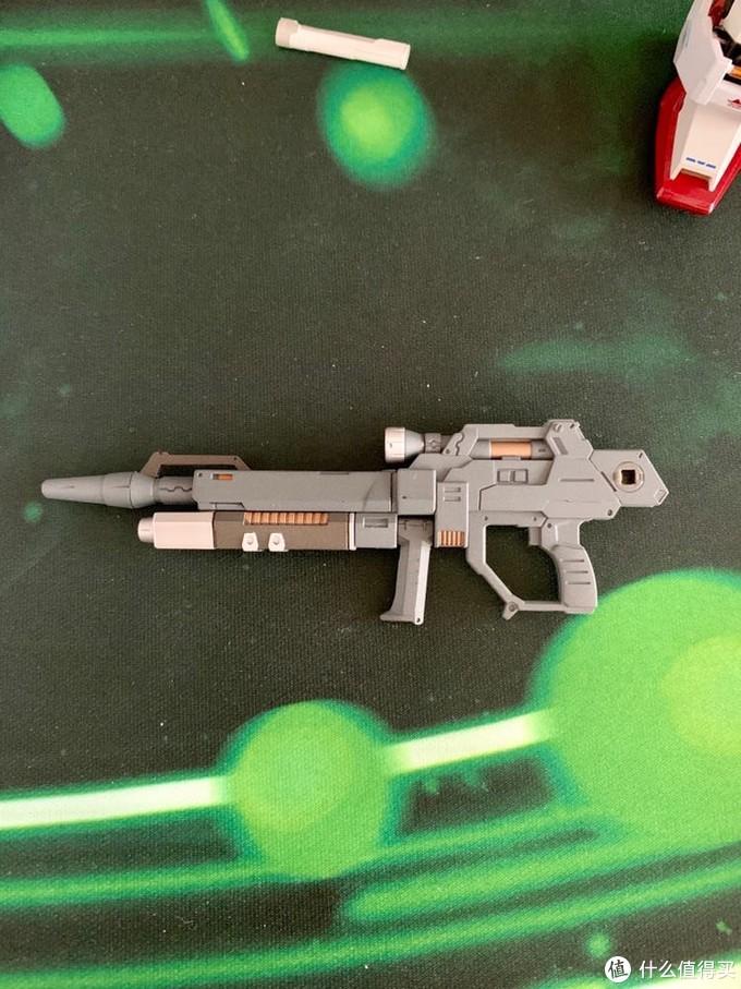 武器,虽然是塑料,但是做工完美,细节精致