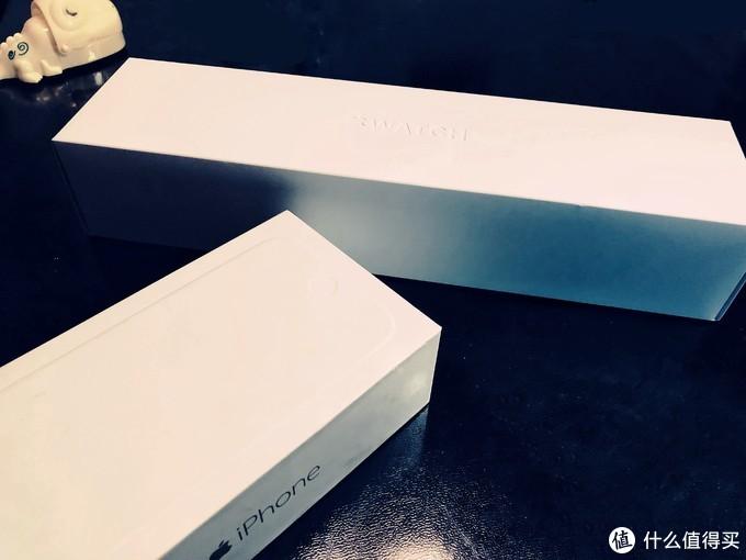 watch的手表盒子让我想起了iPhone6的盒子,白的干脆