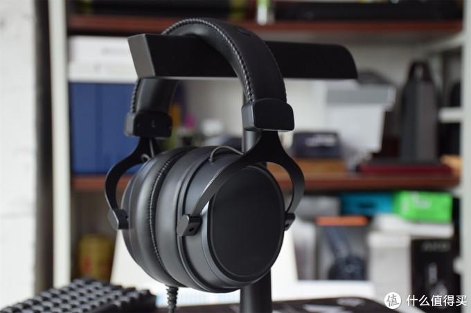 买电竞耳机还送RGB灯光 达尔优EH925 游戏耳机