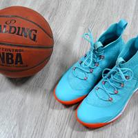 FREETIE驭空篮球鞋外观展示(中底 大底 鞋面)