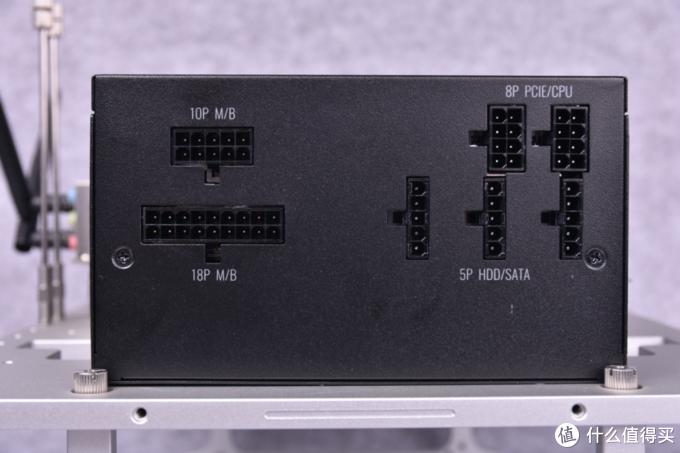 V550 Gold助力搭建极简裸机平台,酷妈模组电源功不可没