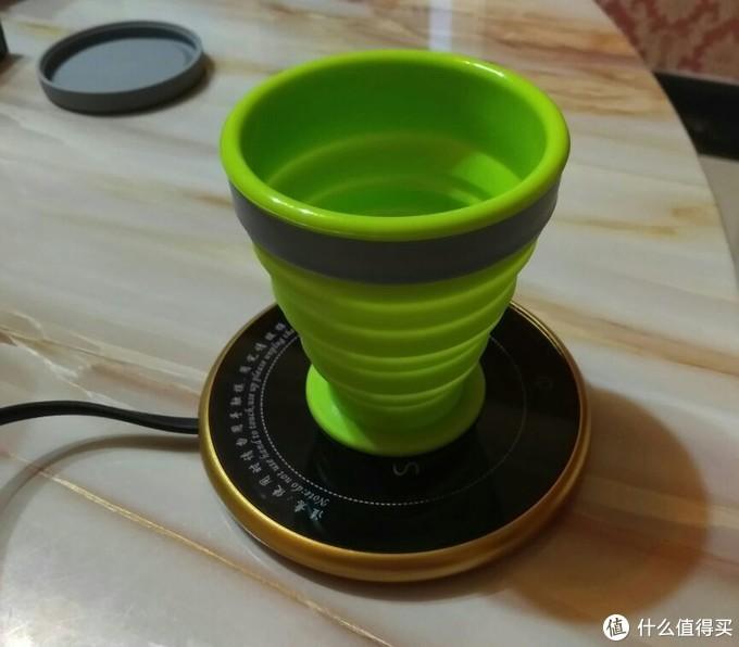 加热硅胶折叠水杯