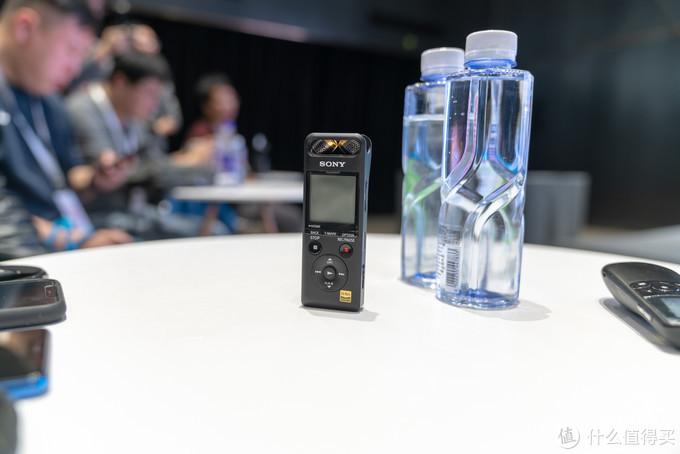 索尼PCM-A10——支持Hi-Res、可手机遥控的高品质便携录音笔
