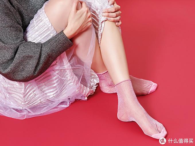 袜子种草大会,这些好看到爆炸的袜子,跺跺脚就能买!