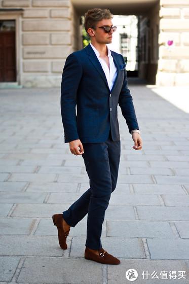 有人穿它是社会摇,有人穿成了意大利绅士,这双神鞋要怎穿?