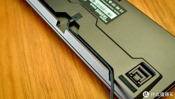 【RGB无感者的真香警告】DURGOD杜伽 K320金牛座Nebula机械键盘体验报告