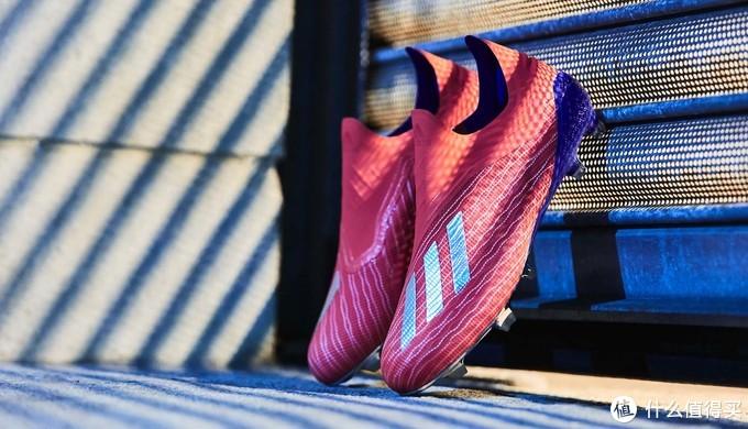 动感光波:adidas 阿迪达斯 推出 全新配色版 X 18+ 足球鞋2019元