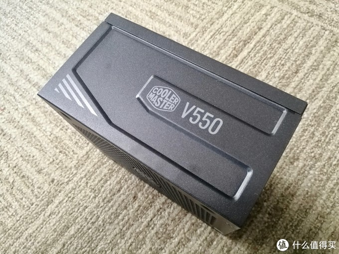 80Plus金牌+Hybrid功能加持!酷冷至尊V550 Gold金牌全模组电源使用体验