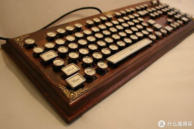 AJAZZ 并不朋克却很晶彩 键盘评测
