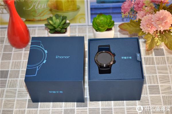 用惯了智能手表还能回到机械表时代吗?荣耀手表上手体验