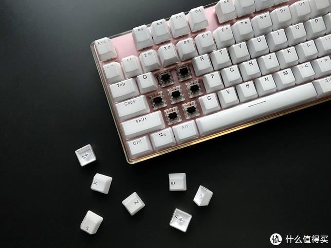"""入门级也足够""""精彩"""",黑爵朋克晶彩合金机械键盘体验"""