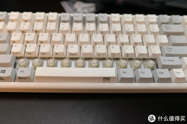 过年给自己的小玩具—Plum NIZ 84pro 静电容键盘
