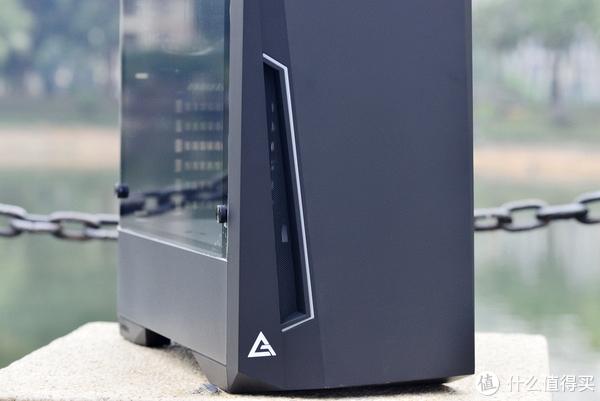 我就是我闪瞎你的烟火,安钛克紧凑型中塔DP501 RGB装机