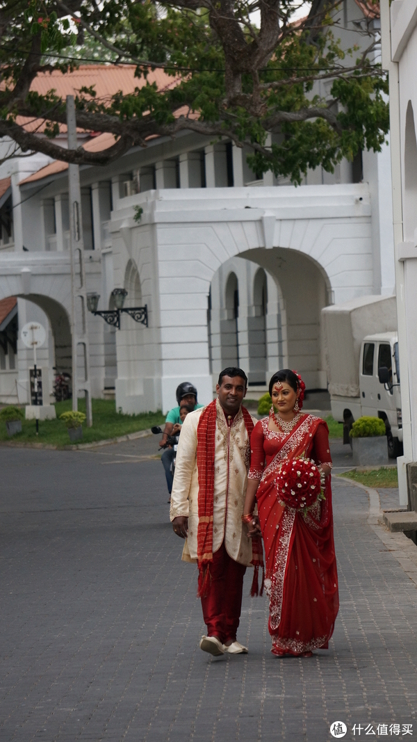 拍结婚照的新人