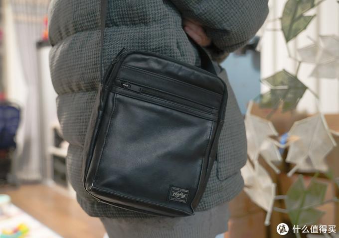 低调朴实的通勤之选— PORTER AMAZE单肩包