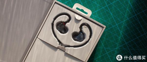 如何用不到2000元搭配一套好听又好用的HIFI器材? FiiO M6和FA1也许正适合你!