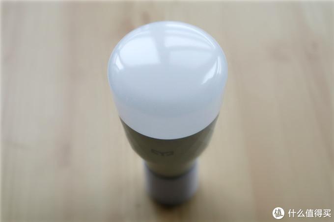 Yeelight LED灯泡彩光版体验:能听懂音乐的智能灯泡