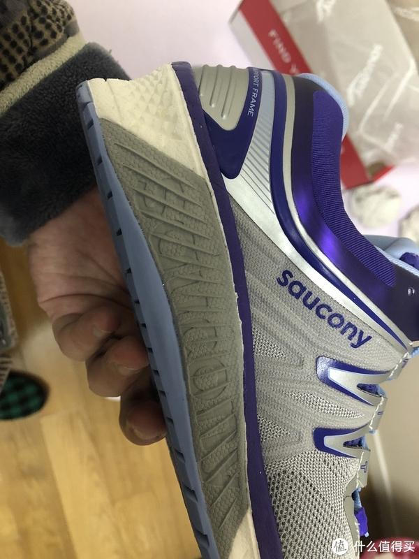 进无可进的旗舰支撑跑鞋—Saucony Hurricane ISO 4 开箱