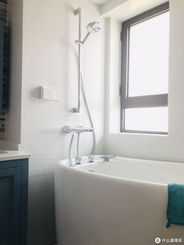 主卫1.2m浴缸