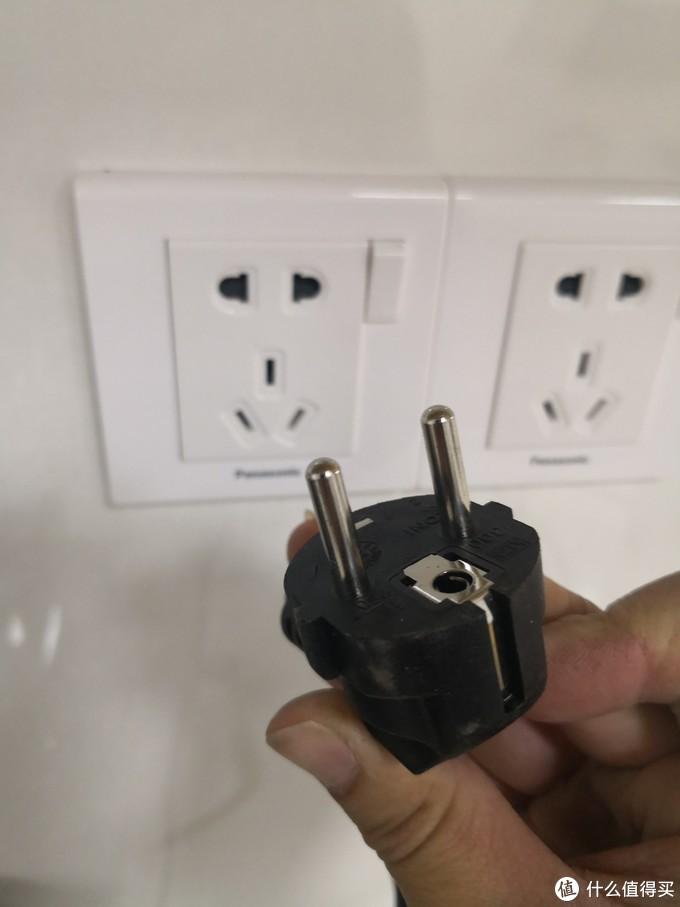 插电,德国220V电压可直插,兼容国标2孔插座