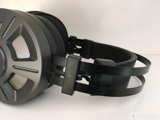 音质尚可,自带炫酷RGB跑马灯入门级头戴 : 雷柏VH510RGB游戏耳机 开箱简评