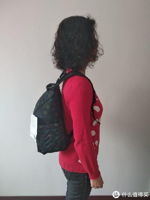 众多妈咪包,独宠它一个—SKIP HOP 五星妈咪双肩包