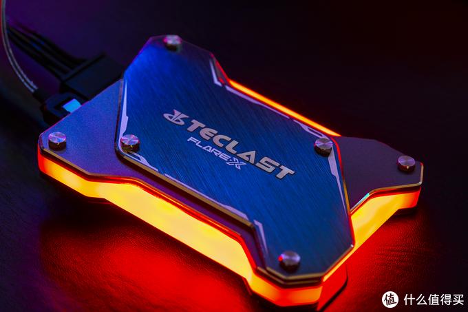 黑片?白片?三星?镁光?南亚?一块硬盘有几种可能性?台电 FLARE 锋芒 固态硬盘拆解