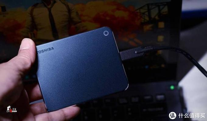 不管新电脑还是老电脑,性能提升4~5倍:东芝XS700移动固态硬盘体验与分享