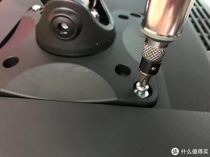 上机器,十字螺丝,需自备螺丝刀