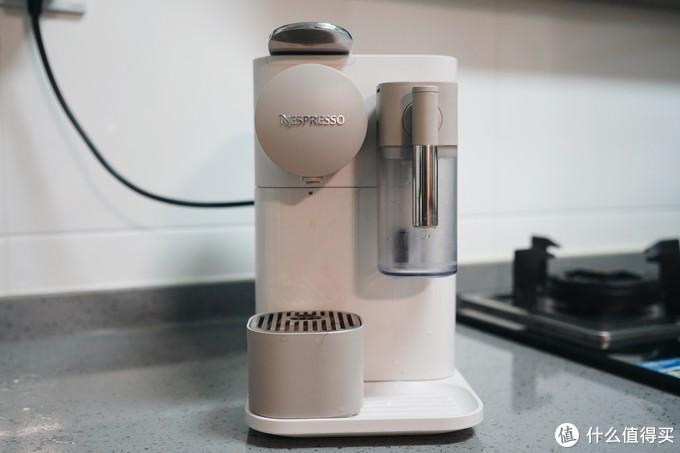 想买胶囊咖啡机的看这里,心想S1102、NESPRESSO 德龙 Lattissima One 多款机型对比体验