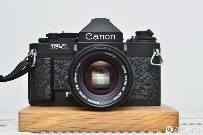 日本相机制造巅峰之佳能新F1专业胶片相机