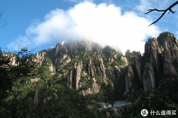 中国最美五大峰林之一,距杭州4小时车程,云雾之下美如仙境
