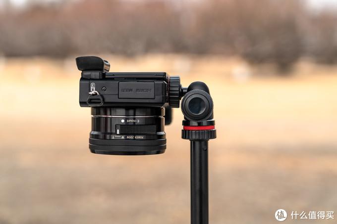 个头不大,功能不少,可变形的 Joby TelePod PRO 三用相机支架