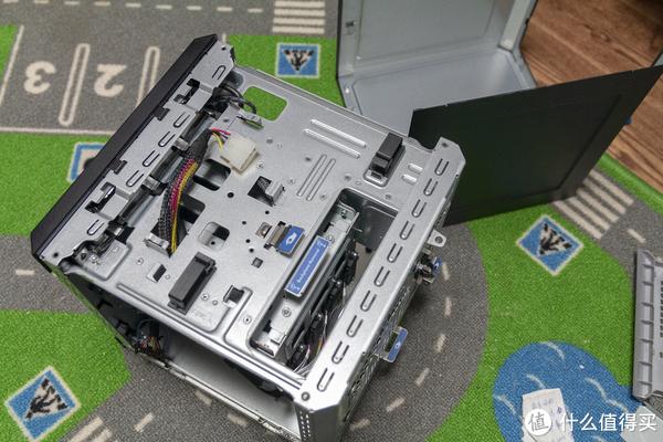 要什么4盘位NAS机箱,二手GEN8空箱子来一个~!
