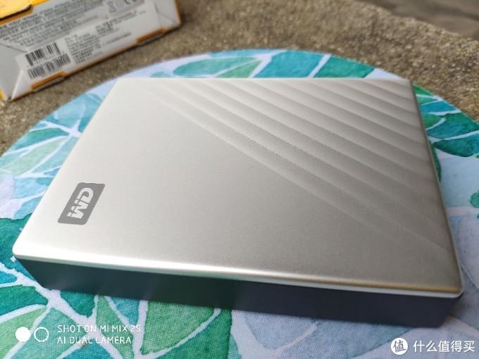 新一代移动硬盘开箱评测 Type-3接口的WD移动硬盘